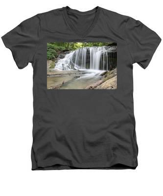 Travelpics V-Neck T-Shirts