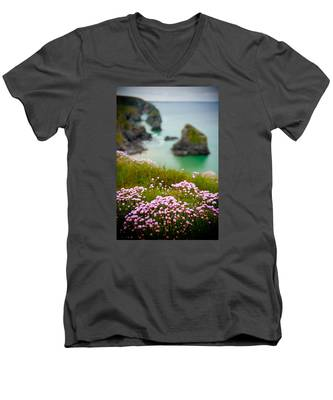 Wild Sea Pinks In Cornwall Men's V-Neck T-Shirt