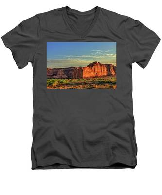 Men's V-Neck T-Shirt featuring the photograph Desert Sunrise In Color by Kyle Lee