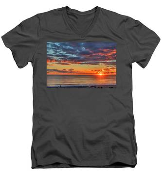 End Of Day Light Show Men's V-Neck T-Shirt