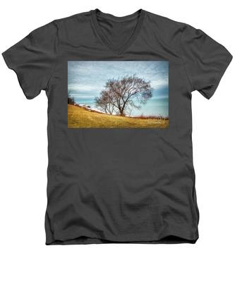 Lakeshore Lonely Tree Men's V-Neck T-Shirt
