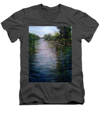Mount Baker Peekaboo View From Lowell Riverfront Trail Men's V-Neck T-Shirt