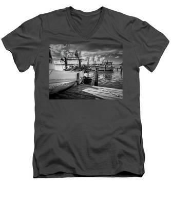 Ready To Go In Bw Men's V-Neck T-Shirt