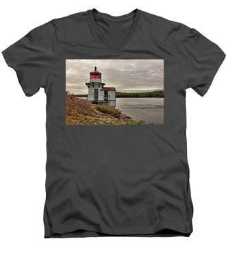 Men's V-Neck T-Shirt featuring the photograph Squirrel Point Light by Kyle Lee