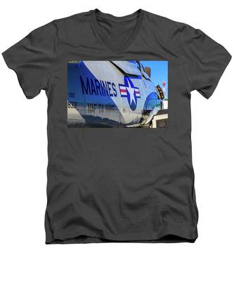 T-28b Trojan Men's V-Neck T-Shirt