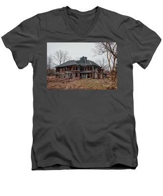 Urban Exploration Men's V-Neck T-Shirt