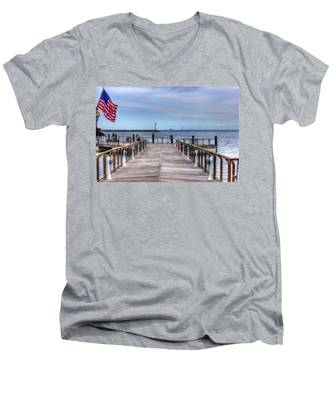 Ferry I See You Men's V-Neck T-Shirt