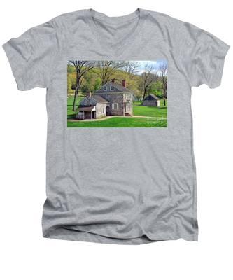 George Washington Headquarters At Valley Forge Men's V-Neck T-Shirt