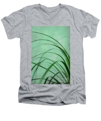 Grass Impression Men's V-Neck T-Shirt