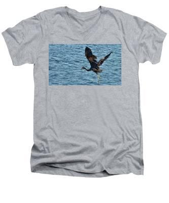Heron In Flight Men's V-Neck T-Shirt