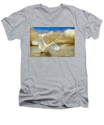 Lady-in-waiting Men's V-Neck T-Shirt