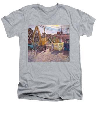 Na031 Men's V-Neck T-Shirt