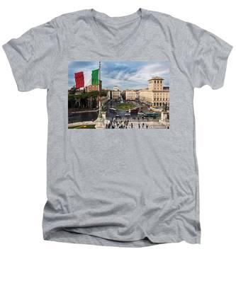 Piazza Venezia Men's V-Neck T-Shirt