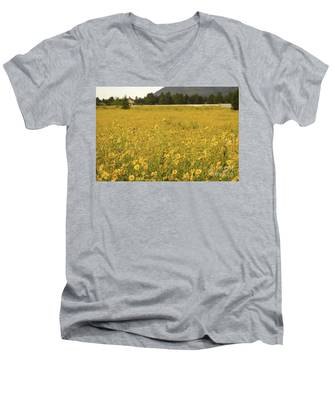Field Of Yellow Daisy's Men's V-Neck T-Shirt