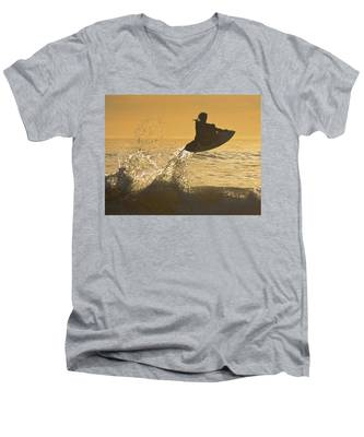 Catching Air Men's V-Neck T-Shirt