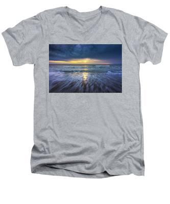 Redondo Beach Sunset Men's V-Neck T-Shirt