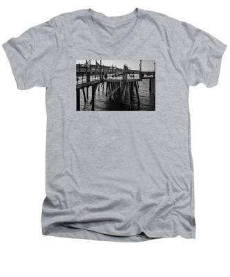 Black And White On The Pier Men's V-Neck T-Shirt