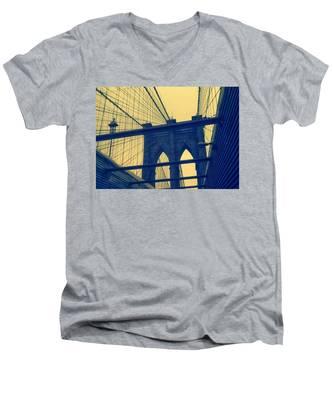 New York City's Famous Brooklyn Bridge Men's V-Neck T-Shirt