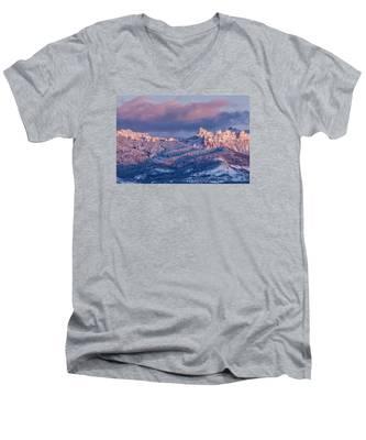 Cimarron Glow Men's V-Neck T-Shirt