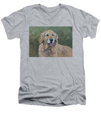 Golden Retriever Portrait Men's V-Neck T-Shirt