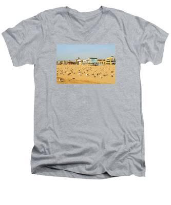 Gulls On Sand Men's V-Neck T-Shirt