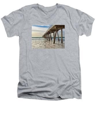Hermosa Under The Pier Men's V-Neck T-Shirt