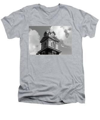 Historic Courthouse Steeple In Bw Men's V-Neck T-Shirt