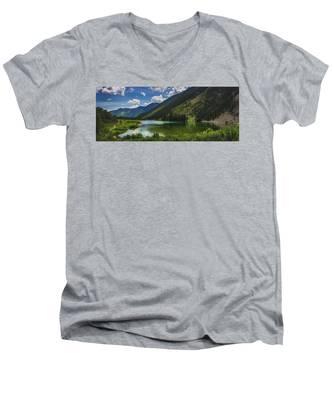 Maroon Lake Panorama Men's V-Neck T-Shirt