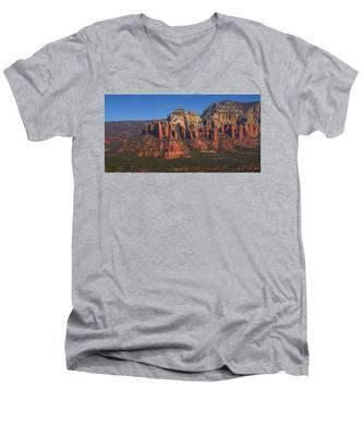 Munds Mountain Panorama Men's V-Neck T-Shirt