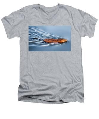 Muskrat Speed Swiming Men's V-Neck T-Shirt