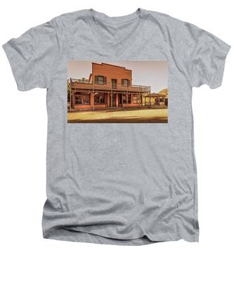 Paramount Ranch Saloon Men's V-Neck T-Shirt