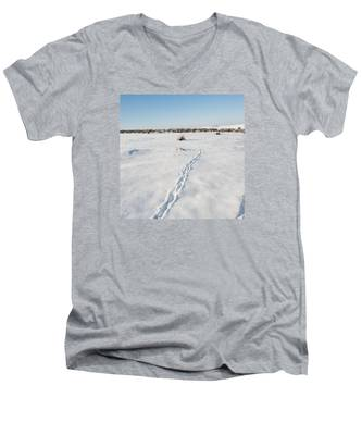 Snow Tracks Men's V-Neck T-Shirt