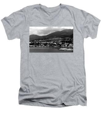 St. Kitts Beautiful Caribbean Island  Men's V-Neck T-Shirt