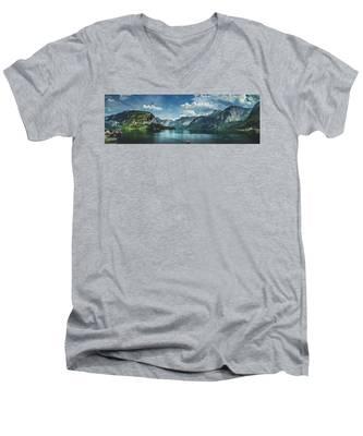 Stunning Lake Hallstatt Panorama Men's V-Neck T-Shirt