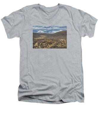 This Way To The Mountains Men's V-Neck T-Shirt