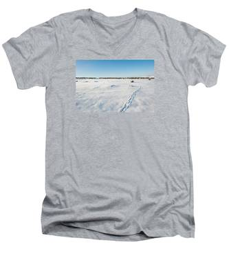 Tracks In The Snow Men's V-Neck T-Shirt