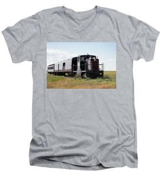 Train Tour Men's V-Neck T-Shirt