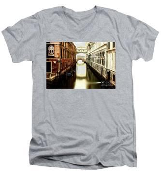 Venice Bridge Of Sighs Men's V-Neck T-Shirt