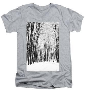 Winter Startk Men's V-Neck T-Shirt