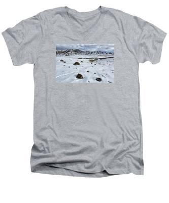Winter Tracks Men's V-Neck T-Shirt