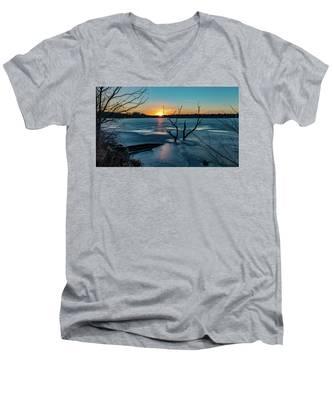 2019-012/365 January Sunset Men's V-Neck T-Shirt