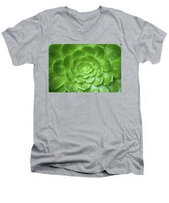 Aenomium 3916 Men's V-Neck T-Shirt
