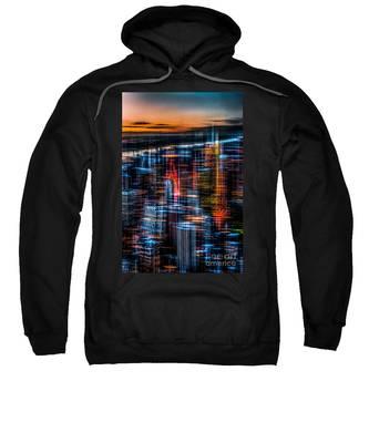 New York- The Night Awakes - Orange Sweatshirt