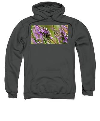 Bee On Heather Sweatshirt