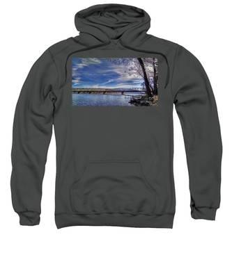 Bridge Over The Delaware River In Winter Sweatshirt
