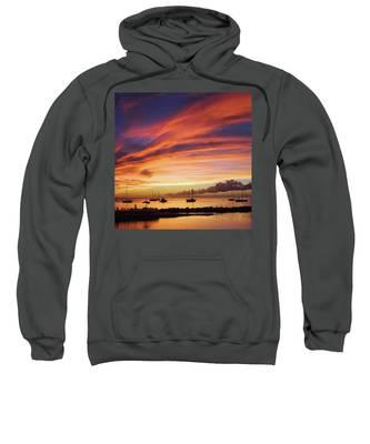 Tobago Hooded Sweatshirts T-Shirts