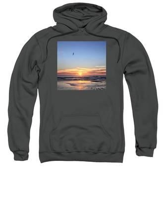 World Gratitude And Peace Day Sweatshirt