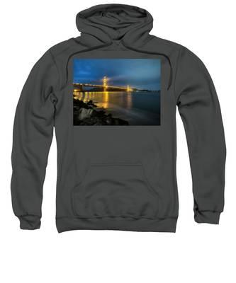 Cold Night- Sweatshirt