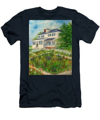 Spring In Colonial Williamsburg- Cole House Men's T-Shirt (Athletic Fit)