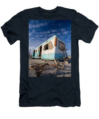 Theres My Bike Men's T-Shirt (Athletic Fit)